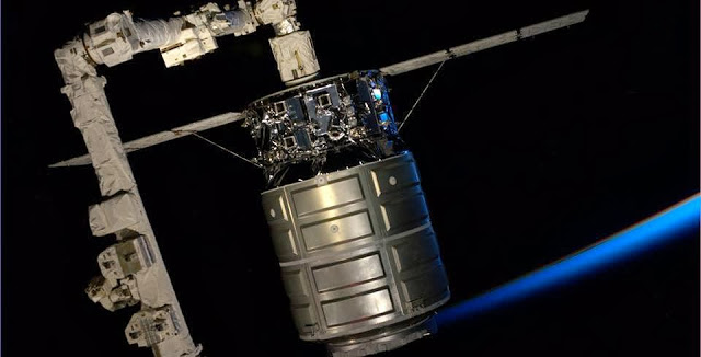 The Expedition 37 crew captured Cygnus with the Canadarm2 at 7 a.m. EDT Sunday. Credit: NASA